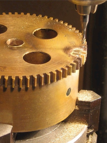 Reprofiling gear teeth on the Unimat miller