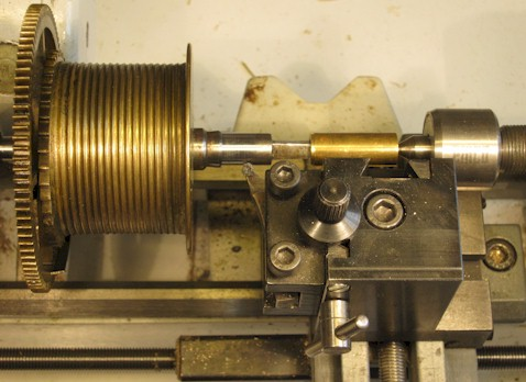 Turning the pivot at the square end
