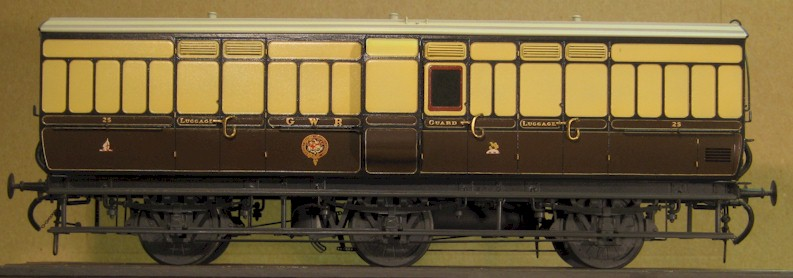 GWR 6-wheel Passenger Luggage Van to Diagram V13, 0 gauge kit by Colin Waite built by David L O Smith