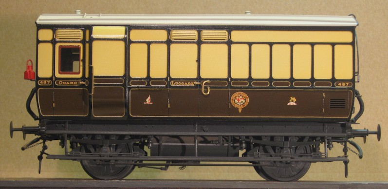 GWR 4-wheel Passenger Luggage Van to Diagram V2, 0 gauge kit by Colin Waite built by David L O Smith