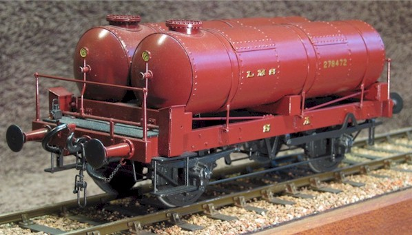 LMS gas holder truck - model in 7mm scale (O Gauge) by David L O Smith