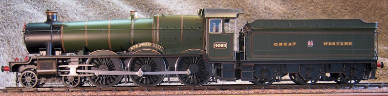 GWR No. 4965 Rood Ashton Hall. Model in 7mm scale (0 gauge) by David L O Smith